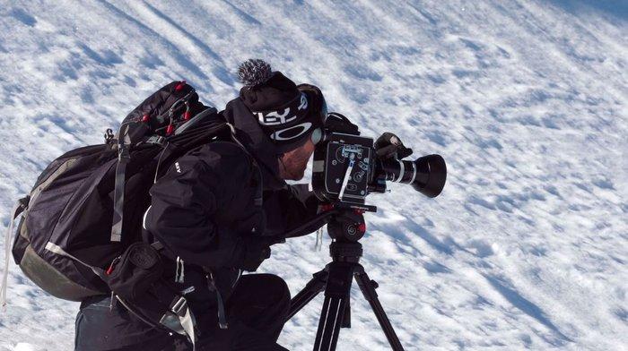 Διάσημος ελληνοαμερικανός σκηνοθέτης δράσης θα κάνει το Καρπενήσι... Ασπεν - εικόνα 9