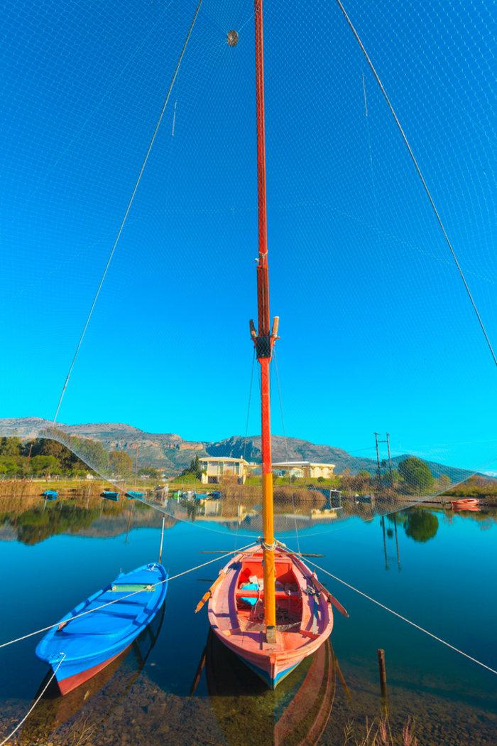 Ομορφιά βγαλμένη από καρτ ποστάλ: Αυτή είναι η μικρή Βενετία της Ελλάδας - εικόνα 9