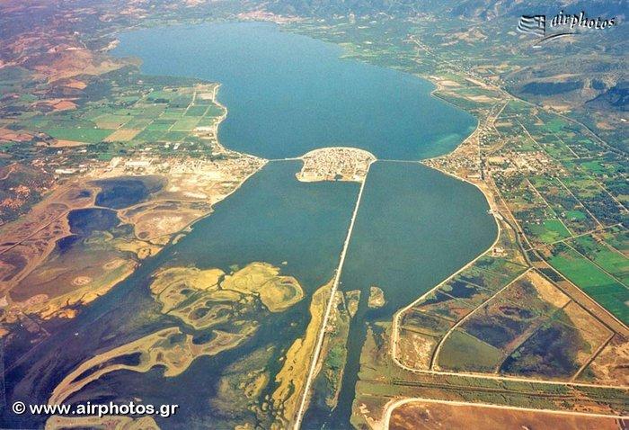 Ομορφιά βγαλμένη από καρτ ποστάλ: Αυτή είναι η μικρή Βενετία της Ελλάδας - εικόνα 5