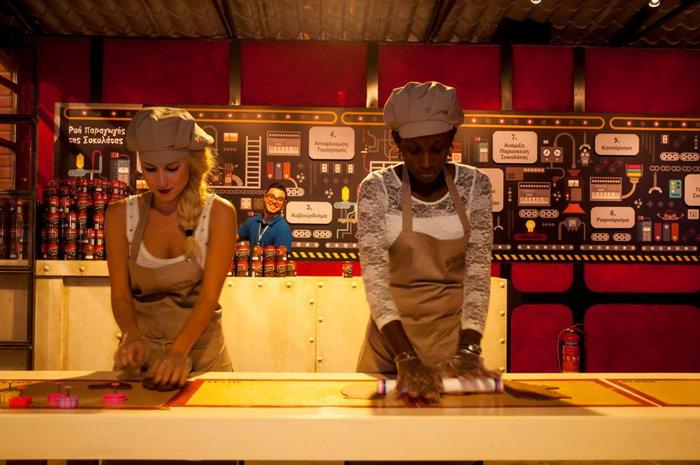 Σοκόλαση: Οι Αθηναίοι «βούτηξαν» στο εργοστάσιο σοκολάτας - εικόνα 4