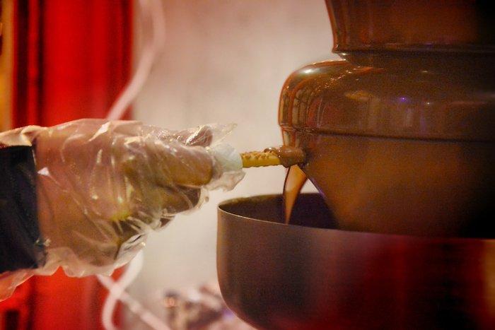Σοκόλαση: Οι Αθηναίοι «βούτηξαν» στο εργοστάσιο σοκολάτας - εικόνα 5
