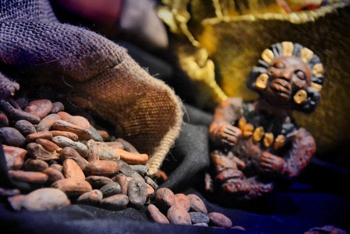 Σοκόλαση: Οι Αθηναίοι «βούτηξαν» στο εργοστάσιο σοκολάτας - εικόνα 9