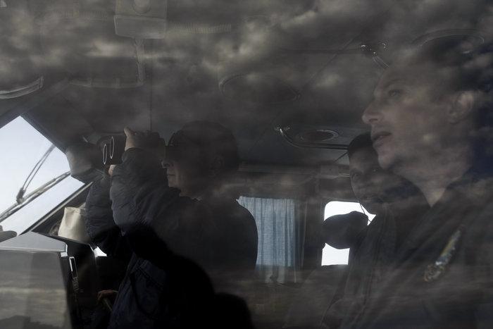 Ετσι ψάχνει το λιμενικό τους πρόσφυγες στη Λέσβο - Καρέ καρέ η έρευνα - εικόνα 6