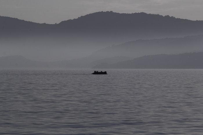 Ετσι ψάχνει το λιμενικό τους πρόσφυγες στη Λέσβο - Καρέ καρέ η έρευνα - εικόνα 10