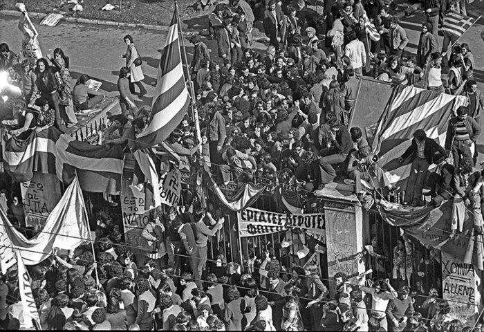 «Τη μέρα που κάλυψα το Πολυτεχνείο»:Ντοκουμέντα από το αρχείο Κοντογεώργου - εικόνα 2