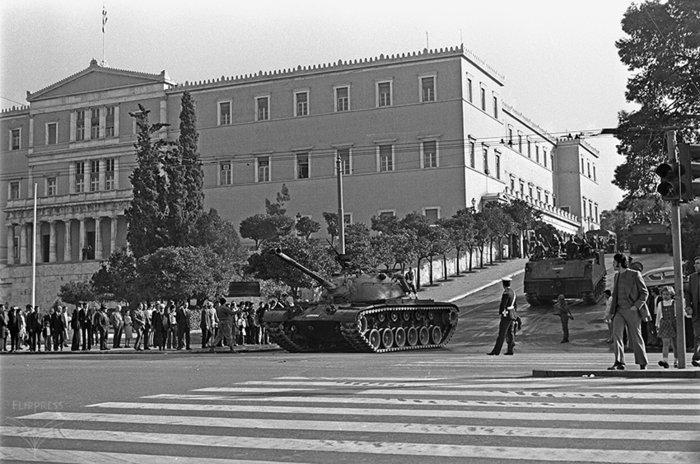 «Τη μέρα που κάλυψα το Πολυτεχνείο»:Ντοκουμέντα από το αρχείο Κοντογεώργου - εικόνα 8