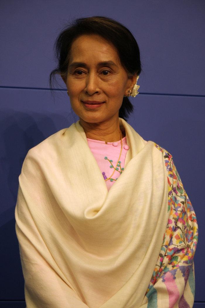 Μιανμάρ: Ιστορική νίκη της Αούνγκ Σαν Σου Κι - εικόνα 6