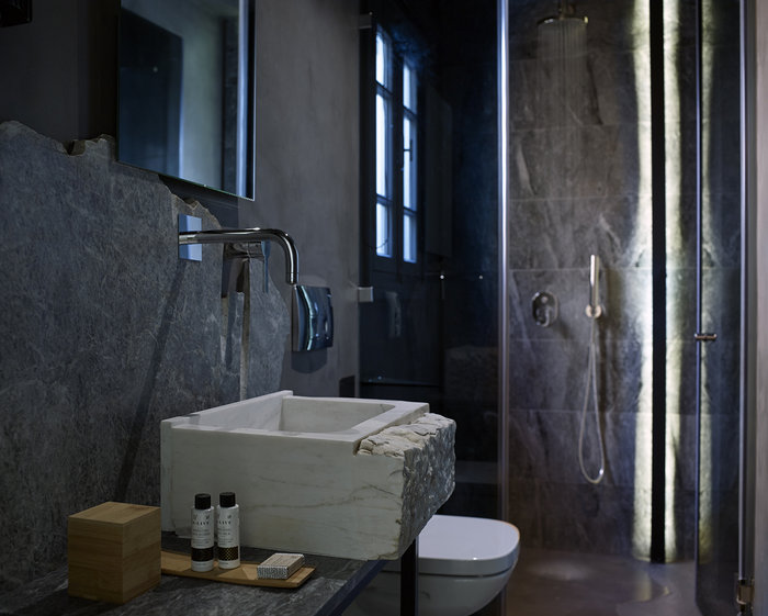 Το πιο όμορφο... κρυμμένο ξενοδοχείο της Αθήνας - εικόνα 2