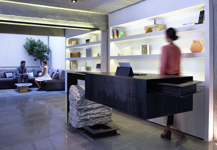 Το πιο όμορφο... κρυμμένο ξενοδοχείο της Αθήνας - εικόνα 10