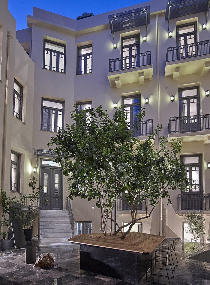 Το πιο όμορφο... κρυμμένο ξενοδοχείο της Αθήνας - εικόνα 11