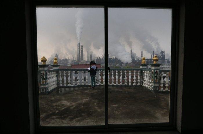 17 δραματικές φωτογραφίες από την ατμοσφαιρική ρύπανση στην Κίνα