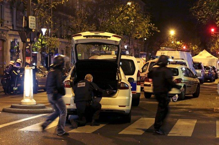Καρέ καρέ η νύχτα του τρόμου στο Παρίσι -Φωτογραφίες και Βίντεο - εικόνα 12