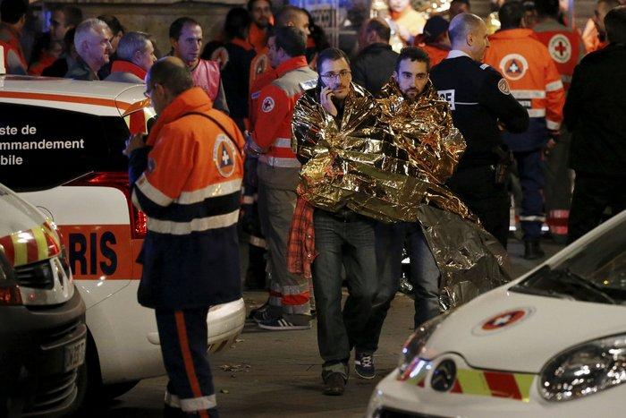 Καρέ καρέ η νύχτα του τρόμου στο Παρίσι -Φωτογραφίες και Βίντεο - εικόνα 19