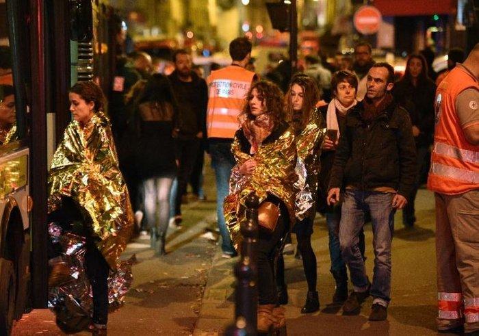 Καρέ καρέ η νύχτα του τρόμου στο Παρίσι -Φωτογραφίες και Βίντεο