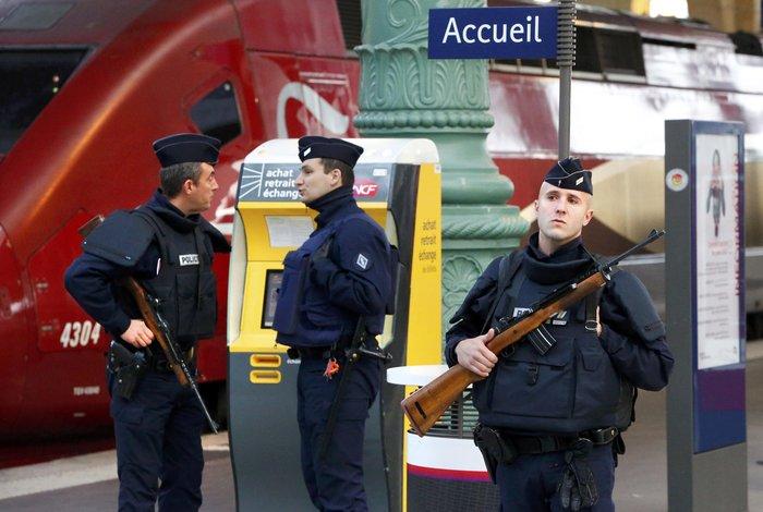 Το ξύπνημα μετά την τραγωδία: Είμαστε όλοι Παριζιάνοι - εικόνα 8
