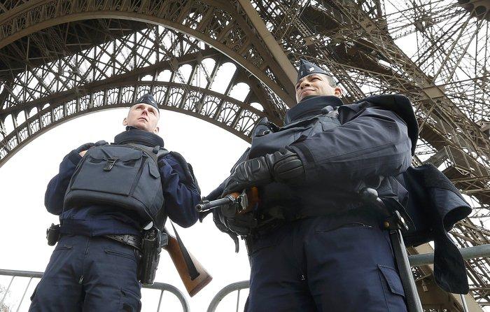 Το ξύπνημα μετά την τραγωδία: Είμαστε όλοι Παριζιάνοι - εικόνα 2
