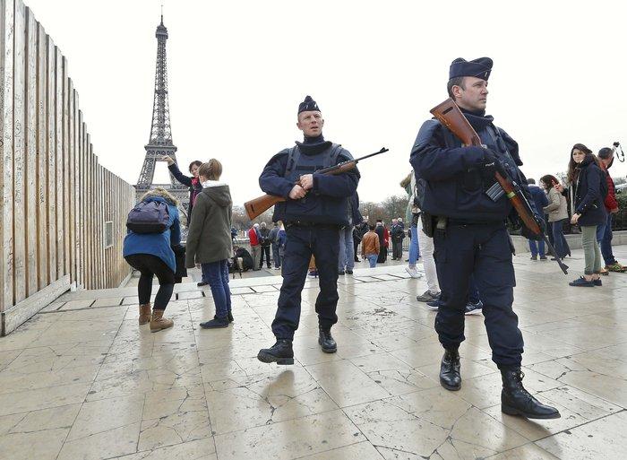 Το ξύπνημα μετά την τραγωδία: Είμαστε όλοι Παριζιάνοι - εικόνα 3