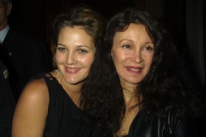 Μαμά από την κόλαση! Ηθοποιός αποκαλύπτει ιστορίες τρόμου για τη μητέρα της - εικόνα 3