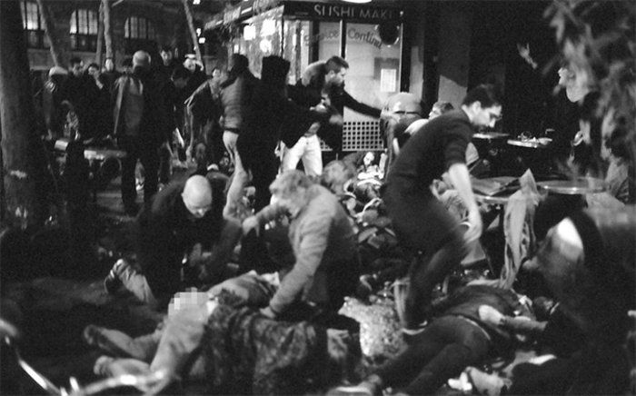 Συγκλονιστικές φωτό από το μακελειό στο Παρίσι - εικόνα 2
