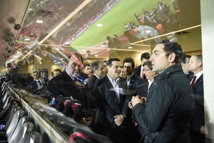 Μαζί στο γήπεδο Τσίπρας- Νταβούτογλου στην Κωνσταντινούπολη