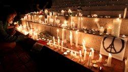 Ένας δημοσιογράφος εξηγεί γιατί είναι λάθος να προσεύχεσαι για το Παρίσι