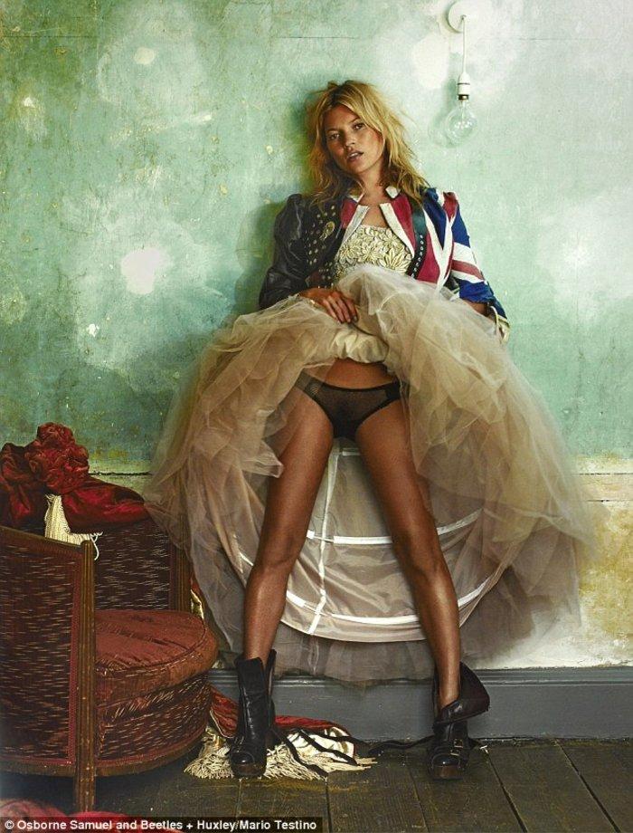 Η Κέιτ Μος εκτίθεται εντελώς γυμνή - Οι 11 αγαπημένες φωτό της καριέρας της - εικόνα 10