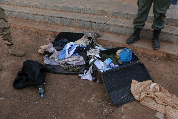 Εικόνες-σοκ από την τρομοκρατική επίθεση στο ξενοδοχείο στο Μάλι - εικόνα 7