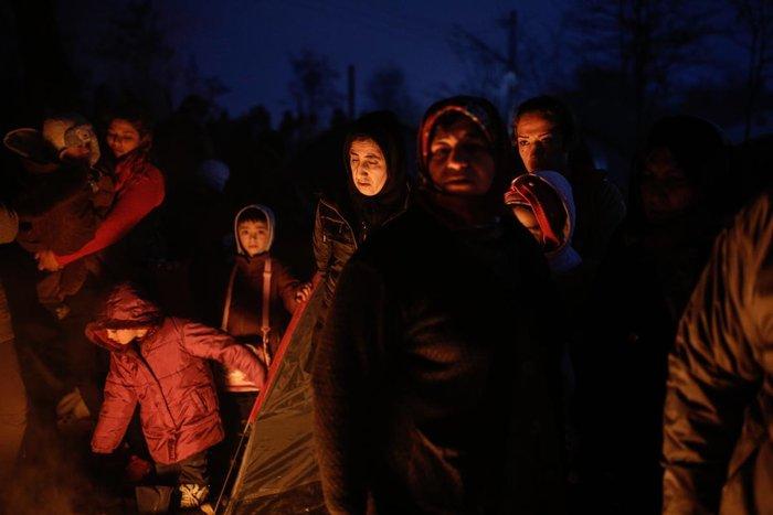 Ειδομένη: Συγκλονιστικές φωτογραφίες από το δράμα των προσφύγων - εικόνα 3