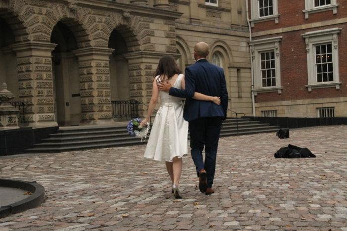 Ζευγάρι ακύρωσε πολυτελή γάμο, επειδή τους σόκαρε η φωτό του Αϊλάν - εικόνα 3