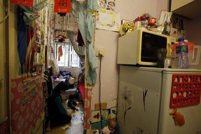 Μέσα στα κλειστοφοβικά σπίτια-φέρετρα του Χονγκ-Κονγκ - εικόνα 3