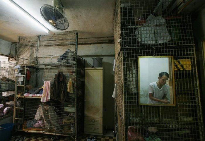 Μέσα στα κλειστοφοβικά σπίτια-φέρετρα του Χονγκ-Κονγκ - εικόνα 11