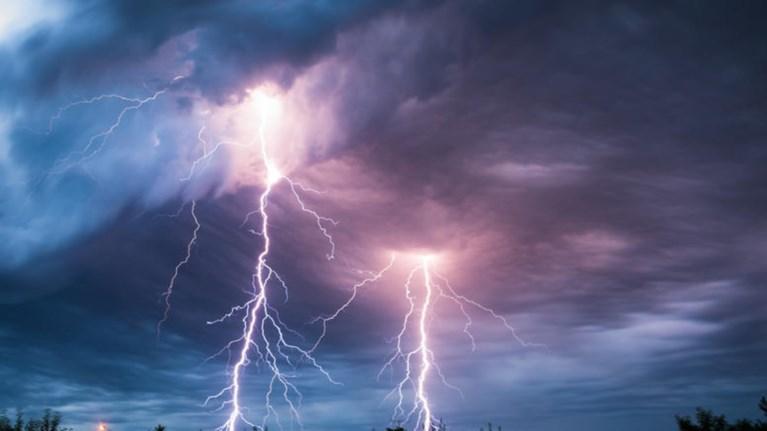 Αλλάζει ο καιρός. Ερχονται βροχές και καταιγίδες