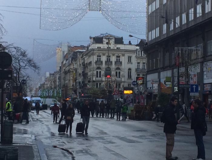 Η ζωή επιστρέφει σταδιακά στις Βρυξέλλες (φωτό)