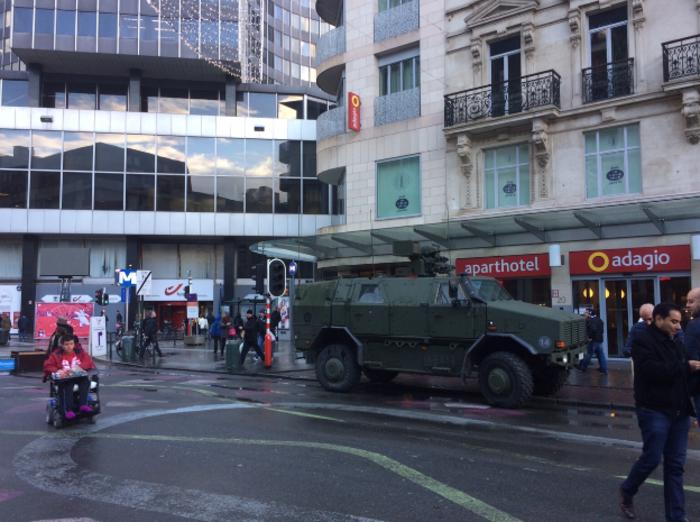 Η ζωή επιστρέφει σταδιακά στις Βρυξέλλες (φωτό) - εικόνα 3