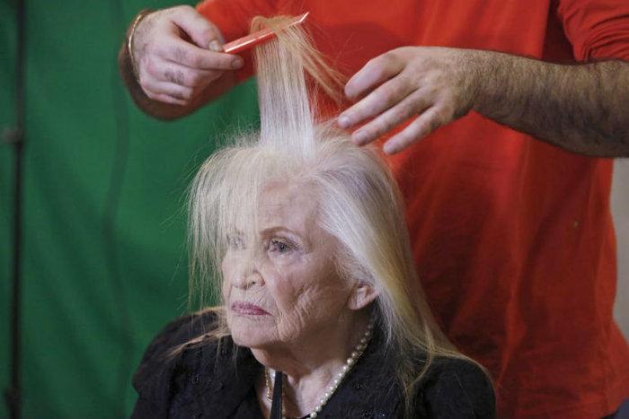 Η Sarah Israel, 85 ετών