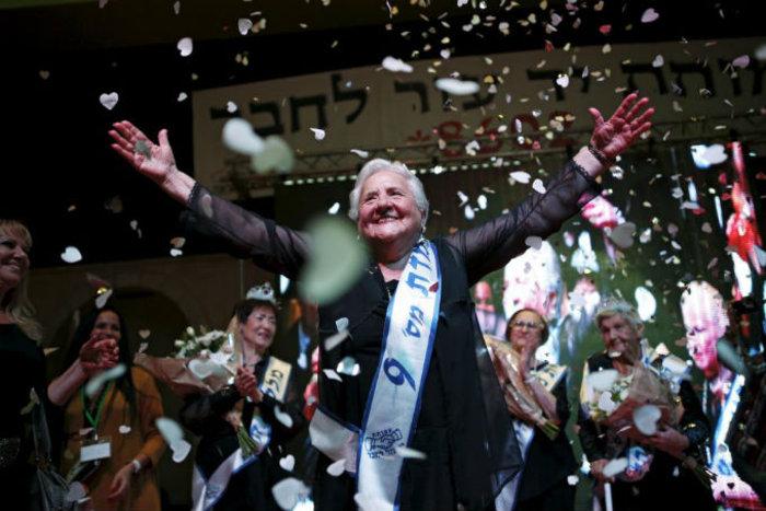 Η νικήτρια του 2015 Rita Berkowitz, 83 ετών