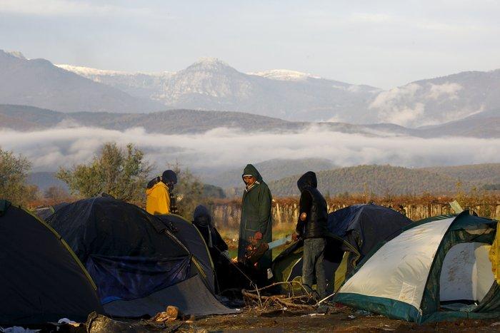 Ειδομένη: Απελπισμένος μετανάστης έπαθε ηλεκτροπληξία - εικόνα 5