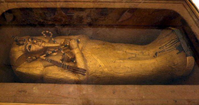 Ο μυστικός θάλαμος στο Λούξορ που κρύβει τη Νεφερτίτη