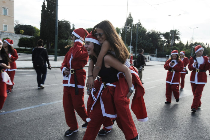 Σήμερα το «2ο Athens Santa Run», κλειστό το κέντρο της Αθήνας - εικόνα 6