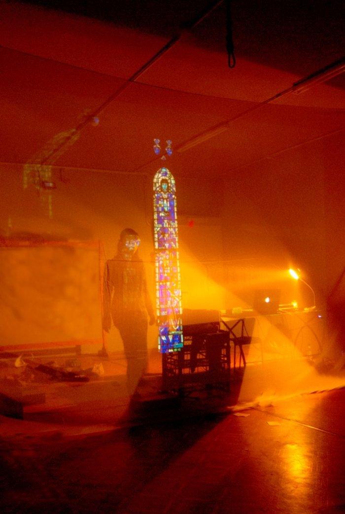 Η Violet Louise ανεβάζει τα «Θέατρα» του Olivier Py - εικόνα 2