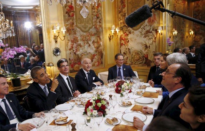 Το δείπνο Ομπάμα - Ολάντ στην «Αμβροσία» με 360€ το άτομο