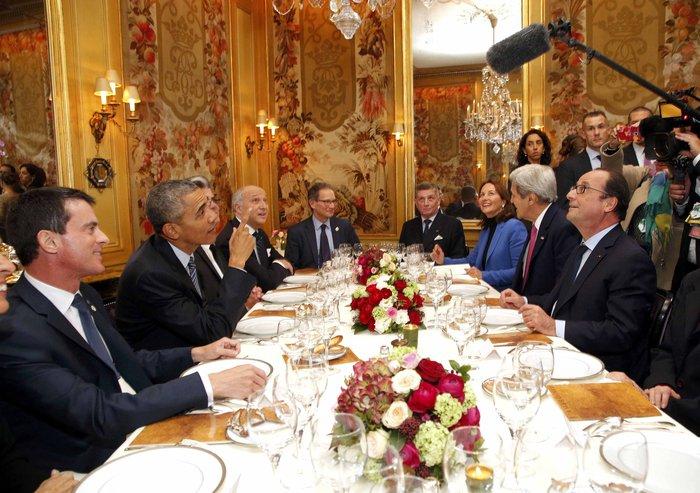 Το δείπνο Ομπάμα - Ολάντ στην «Αμβροσία» με 360€ το άτομο - εικόνα 4