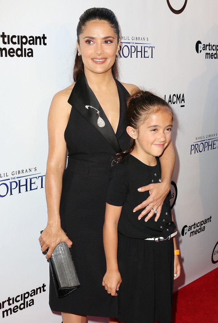 Περήφανη η διάσημη μαμά: 8χρονη θα χαρίσει τα μαλλιά της σε άρρωστα παιδιά - εικόνα 3