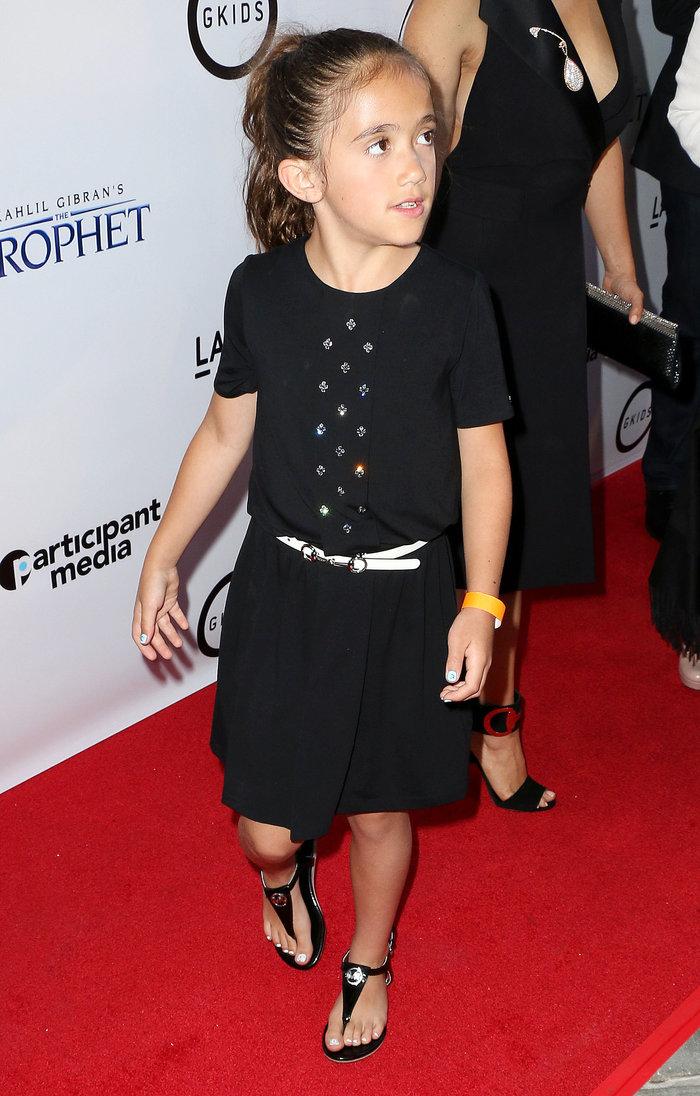 Περήφανη η διάσημη μαμά: 8χρονη θα χαρίσει τα μαλλιά της σε άρρωστα παιδιά - εικόνα 4