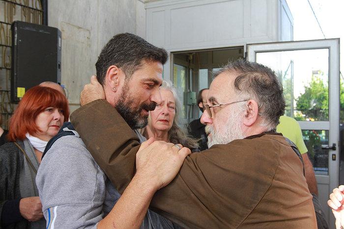 Ολο το ελληνικό θέατρο είπε αντίο στον Μηνά Χατζησάββα - εικόνα 4