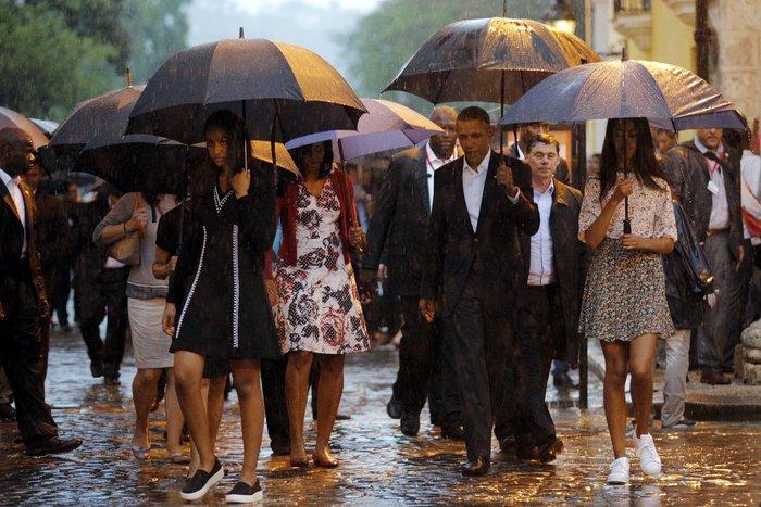 Ο Ομπάμα στην πλατεία της Επανάστασης με τον Τσε Γκεβάρα - εικόνα 13