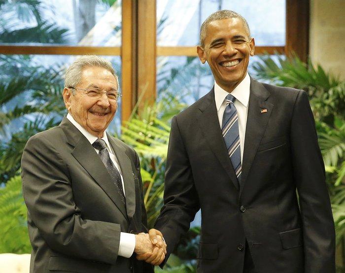 Ο Ομπάμα στην πλατεία της Επανάστασης με τον Τσε Γκεβάρα - εικόνα 8