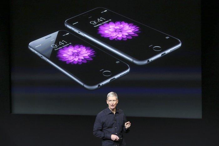 Σήμερα παρουσιάζεται το νέο μικρότερο και φθηνότερο iPhone