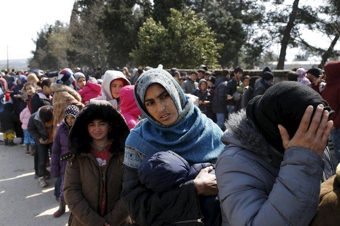 Οι πρώτοι πρόσφυγες που εγκαταλείπουν την Ειδομένη - εικόνα 3