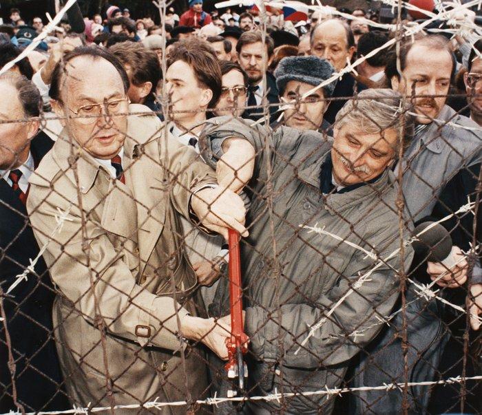 Χανς Ντίτριχ Γκένσερ: Ο «πατριάρχης» της γερμανικής διπλωματίας - εικόνα 2